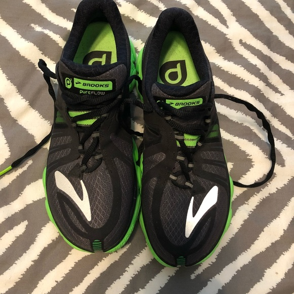 Mens Size 85 Brooks Running Shoe Black